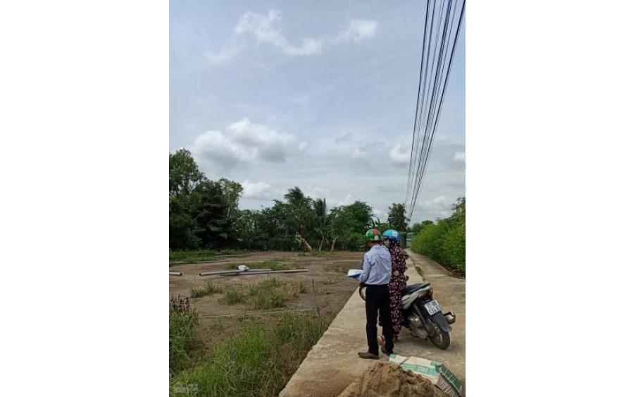 Cần bán gấp nhà 80m2 Bình Chánh gần chợ, bệnh viện, trường học,...