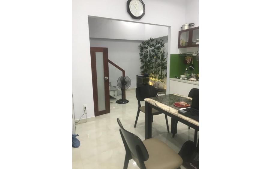 Cần bán nhà đẹp hẻm xe hơi đường Nguyễn Văn Luông, Quận 6