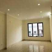 Bán nhà gần mặt Phố Lĩnh Nam 36 m2 x 4 tầng chỉ 1tỷ 9