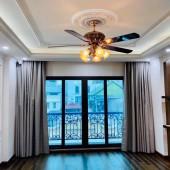 Bán nhà Đỗ Quang, Nguyễn Thị Định 13 tỷ89 50m2, 7T thang máy, cho thuê giá cao