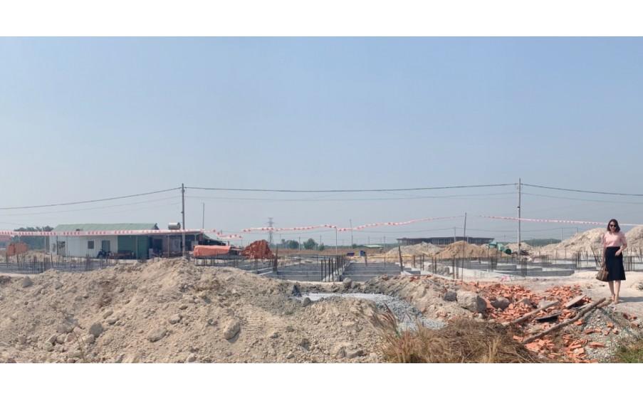 Bán đất đối diện khu dân cư Đại Nam, 300 tr/100m2, SHR, 100% thổ cư