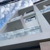 Bán nhà phố Lạc Long Quân, TÂY HỒ 43m2*5 tầng LH 0989551356
