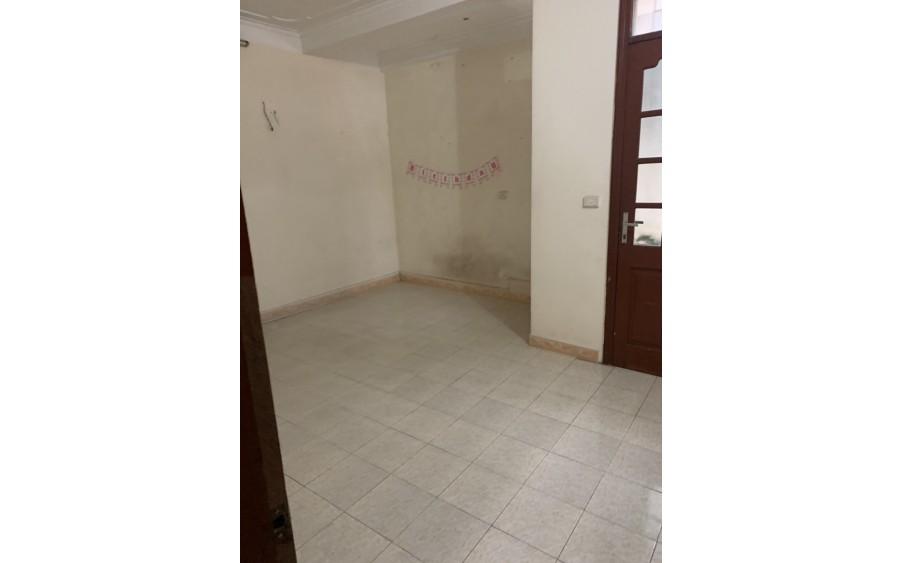 Nhà 4 tầng ,mặt ngõ đường cổ nhuế , chỉ 2 tỉ - 0987697097