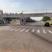 Bán gấp lô đất 410m2 giá 600tr lô góc 2 MT, Ngay trung tâm hành chính huyện, đối diện khu công nghiệp Thị Xã Đồng Xoài - Bình Phước. Dân cư đông