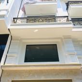 Bán nhà đường Bạch Đằng , Phường 2, Tân Bình, 52m2, 4 tầng. Giá 8 tỷ8 TL. LH 0916862139