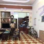 Bán gấp nhà 640 Nguyễn Văn Cừ ,35m2, 4 Tầng, 4.3m mặt tiền 7 chỗ vào nhà