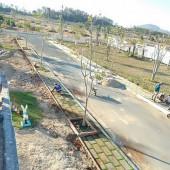 Qua dịch kẹt tiền cần bán gấp 3 lô đất 150m2 gần núi Dinh, sổ hồng, giá 8tr/m2