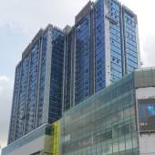 Cho thuê sàn thương mại tầng 1 đẹp nhất mặt phố Lê Văn Lương dt 620m2, mt 20m làm Showroom, ngân hàng...