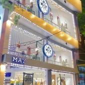 Cho thuê nhà mặt phố đẹp nhất Phạm Văn Đồng dt 120m2 x 3T thông sàn, mt 12m làm Showroom, thời trang, Vp...