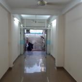 Cho thuê nhà mặt tiền Thích Quảng Đức 3.3x20m 1T2L1ST 5PN, giá 25tr/tháng