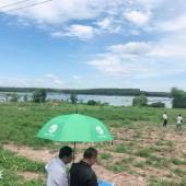 Vỡ nợ, cần tiền bán rẻ lô đất Huyện Chơn Thành - Bình Phước. kKu dất bên hồ thích hợp nghỉ dưỡng. Đầu tư sinh lời.