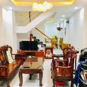Nhà Q10, HXH sát Mặt tiền Trần Bình Trọng gần Equatorial Hotel; 50m2; 7.4 TỶ.