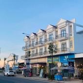 Cần bán gấp 5 căn shophouse đối điện KCN Đồng Dinh