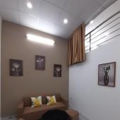 Bán nhà tập thể tầng 2, 02 Ngủ, gần trường Chu Văn An, phố Thụy Khuê