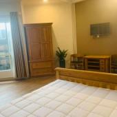 Chính chủ cho thuê căn hộ dịch vụ đầy đủ nội thất ở trung tâm quận Tân Bình, free phí quản lý