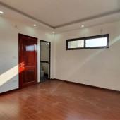 Mới, 245 Định Công 35m2 Xây /5 tầng/3 phòng ngủ, gần ô tô